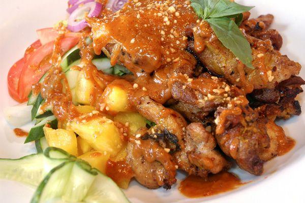 Κοτόπουλο με ανανά, στο τηγάνι