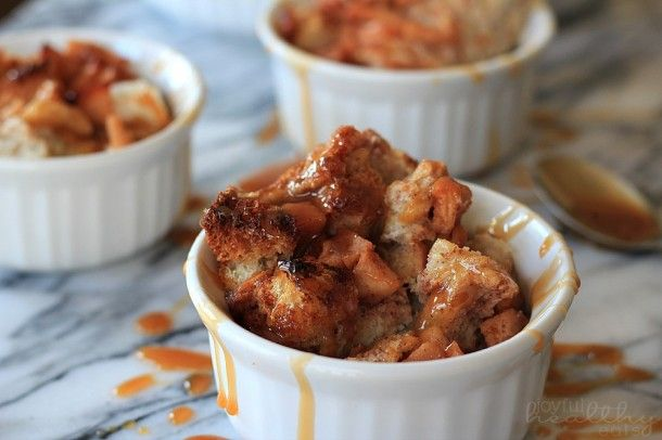 Apple Cinnamon Bread Pudding with Caramel Sauce Drizzle {Dessert}