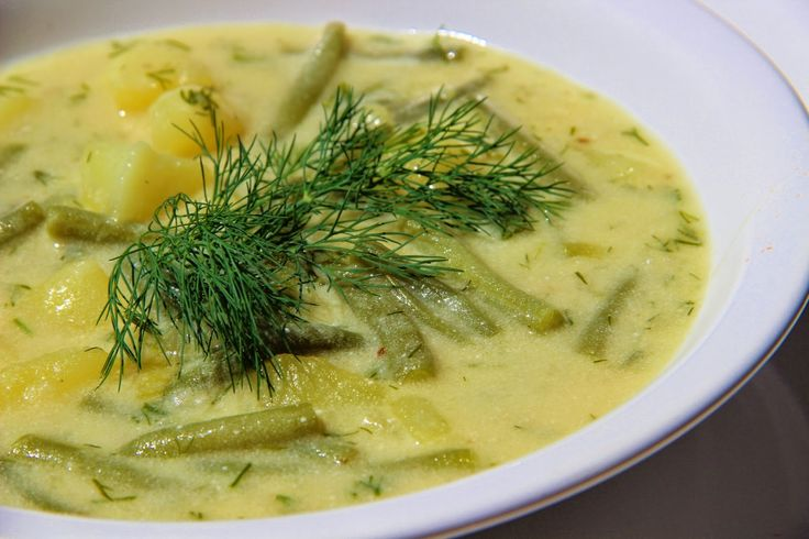 Fazolková polévka s koprem