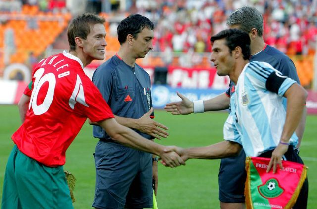 Alexander Hleb of Belarus and Javier Zanetti of Argentina.