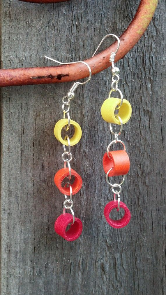 Paper Quilled Earrings Circle Chain Red by SweetheartsandCrafts