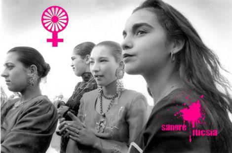 Feminismos gitanos. Mujeres que sufren una triple discriminación. Mujeres gitanas. Hoy hablaremos de ellas y con ellas en Sangre Fucsia. Y no porque lo gitano esté de moda, gracias o por culpa de la RAE. Lo hacemos po...