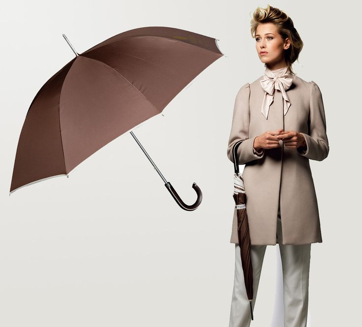 The Balmain Umbrella is a fashionable, classic rain umbrella with a aluminium shaft and a faux leather hook. We supply branded umbrellas in South Africa