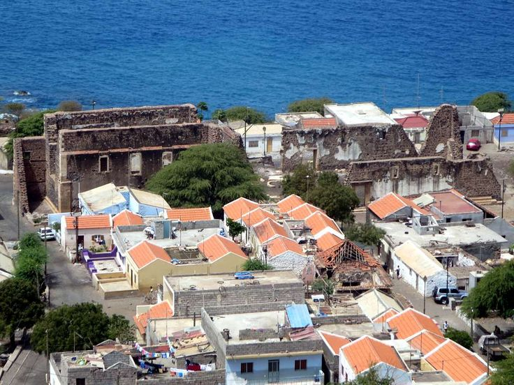 The Sé Catedral at Cidade Velha (Ribeira Grande) on the south side of Santiago Island, Cape Verde, was built between 1556 and 1700.