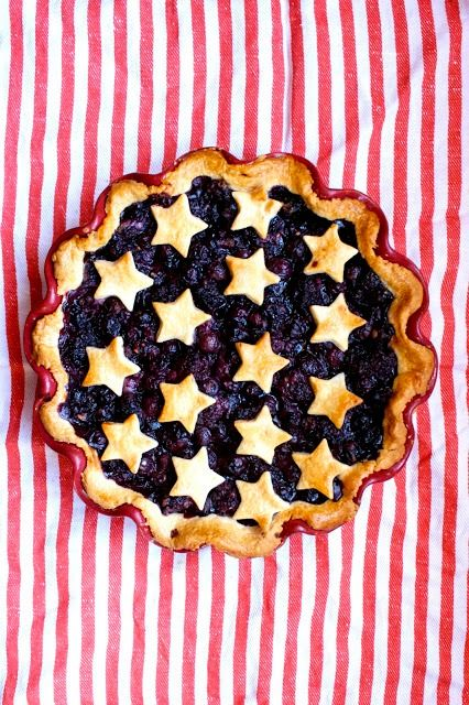 Patriotic Blueberry Pie @meghancassidy