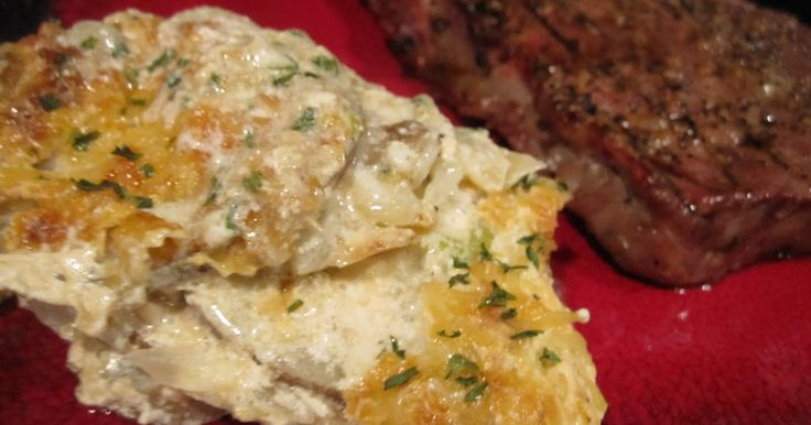 I absolutely love au gratin potatoes, so when I saw this recipe in my Pioneer Woman cookbook I had to try it. Not the healthiest, but come o...