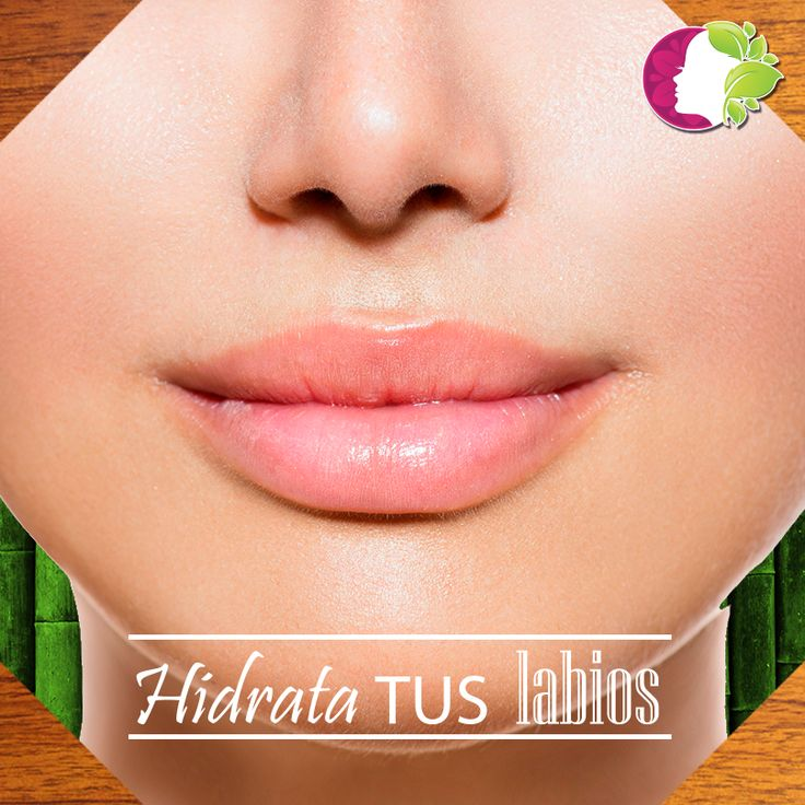 Antes de aplicar lápiz labial, recuerda hidratar tus labios, así lucirá más el color.