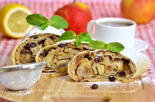 Цветаевский пирог и яблоки с брусникой. Выпечка и легкие десерты для осени | Продукты и напитки | Кухня | Аргументы и Факты