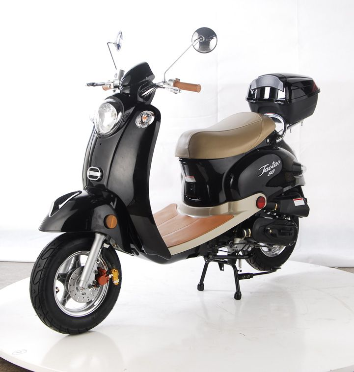 67 best images about vespa on pinterest helmets moped for Best helmet for motor scooter