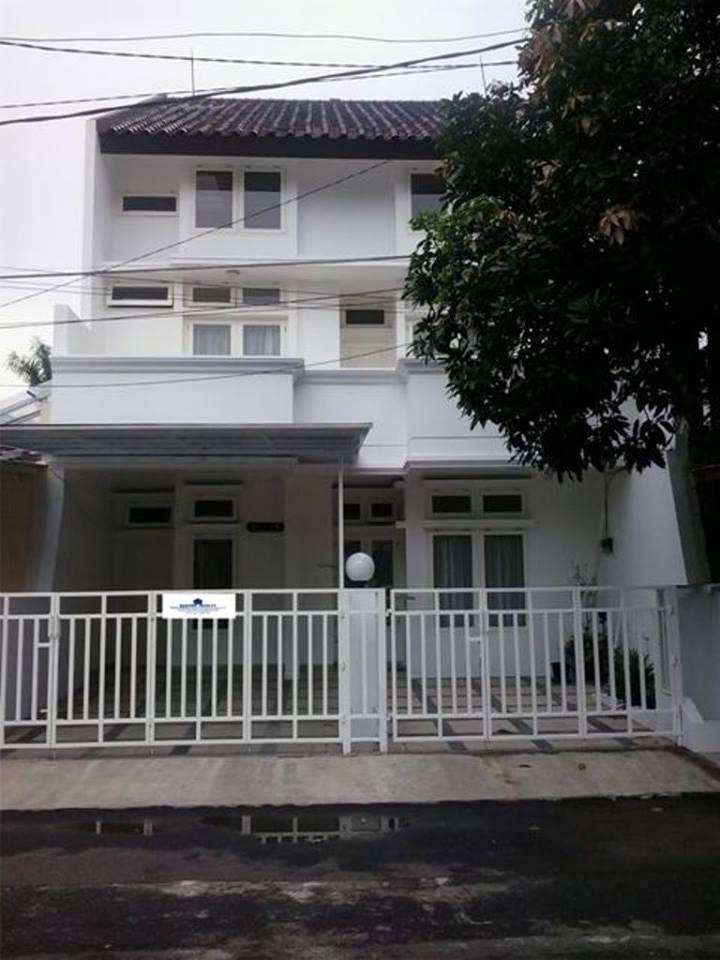 RUMAH JUAL LEBAK BULUS 146/265 m², 2½ Lantai, 5+1 Kamar Tidur, 5+2 Kamar Mandi  Harga 4 M (Nego) Hub : 0856 8745 299
