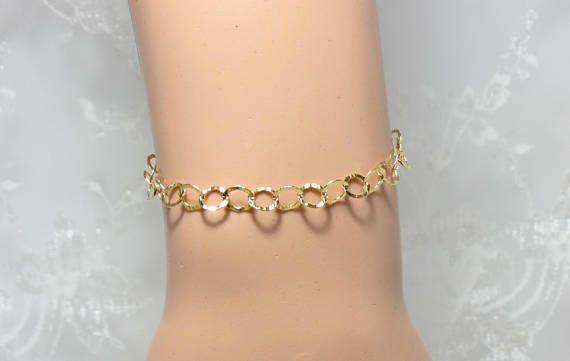 Gold Filled Bracelet, Gold Chain Bracelet, Dainty #jewelry #bracelet @EtsyMktgTool http://etsy.me/2wGkQu9
