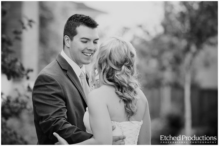 Mike sees Ashlee for the first time. Photographed by Chuck Hocker of Etched Productions.