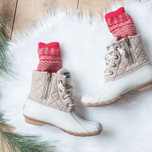 My favorite @sperry duck boots are on sale!! Snag a pair of these classic winter boots before they are gone! --> http://liketk.it/2pGlZ @liketoknow.it #liketkit  #ltksalealert #ltkholiday #ltkholidaystyle