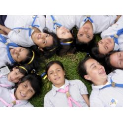 World Association of Girl Guides and Girl Scouts - Our World: Colombia