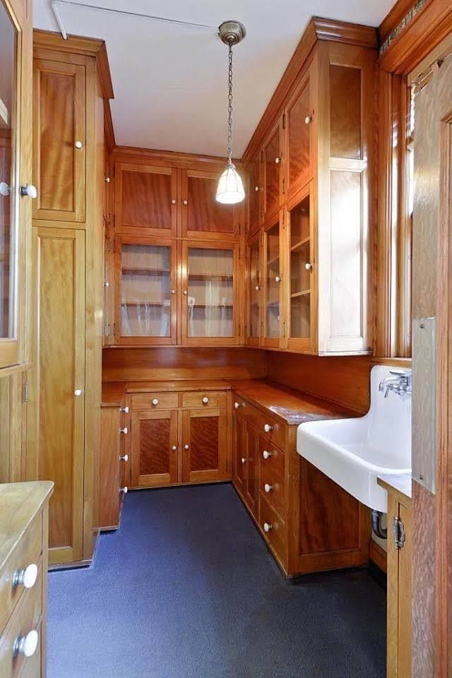 1915 Mansion For Sale In Minneapolis Minnesota Pantry Kitchen