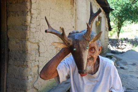 """(Fotos: ) """"El tigre y el venado"""", documental de Sergio Sibrián (participante de la escuela popular de cine) es estrenado en El Salvador « Es..."""
