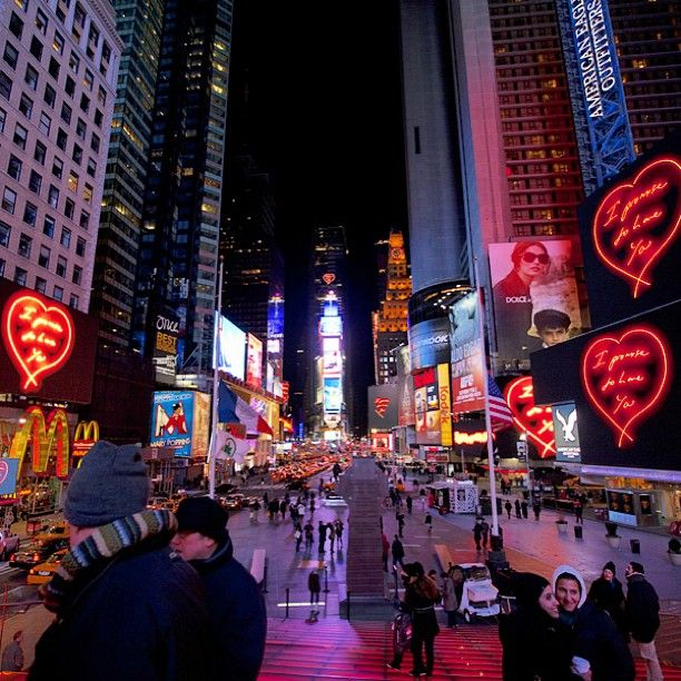 20 fun things to do in nyc i 39 ve done 11 going back soon for Things to do on times square