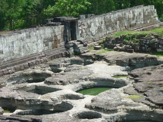 Kolam Bekas pemandian kerajaan Ratu Boko