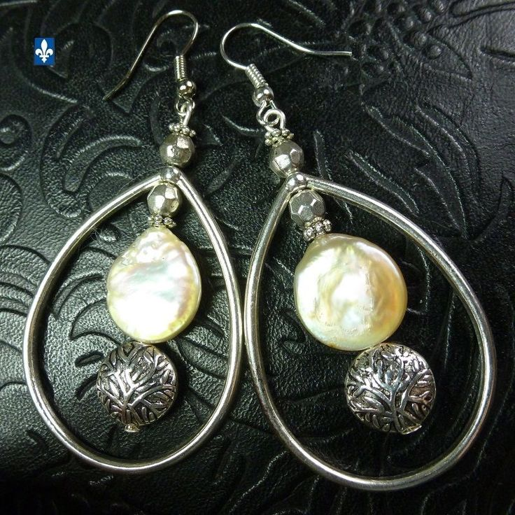 ♥ Beautiful Irregular Cultured White Pearl Coin Plated Silver Hoop Earrings