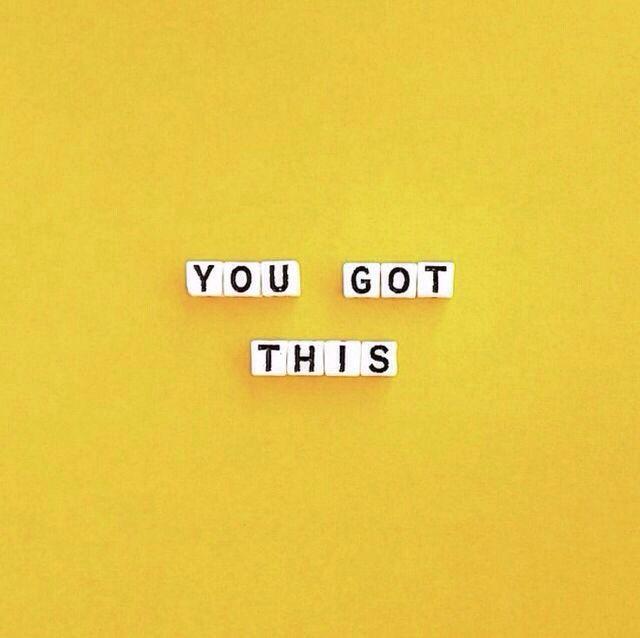 Fazer um mural amarelo. Mudar frases cf ocasião.