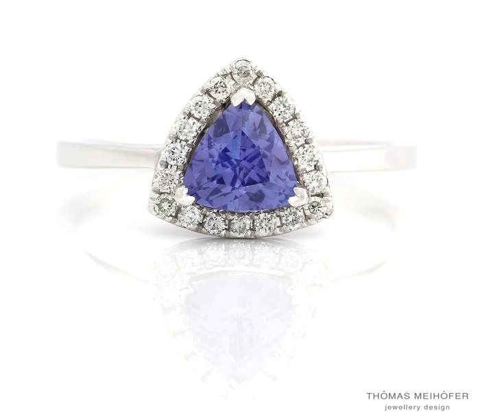Tanzanite from Thomas Meihofer Jewellery Design...