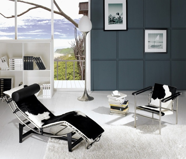 modern living room setup with le corbusier pony chaise lounge