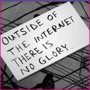 C'è un mondo fuori da internet, e non me ne frega un cazzo. Nerdcore - Giornalismo, nerdismo, postmodernismo di Lorenzo Fantoni
