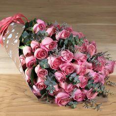 Ramo de 100 Rosas rosas. El mejor regalo para mamá el próximo 10 de mayo. #RegalosParaMamá #RegalosParaEl10DeMayo