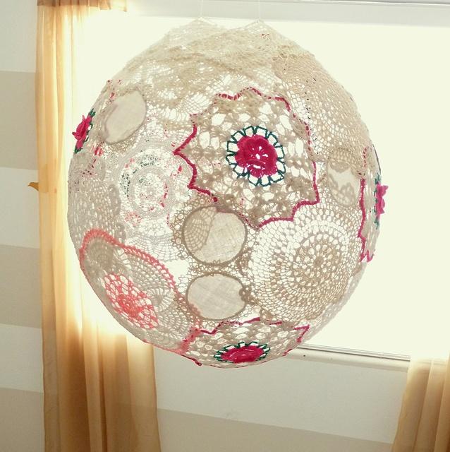 Diy Lace Lantern Crafts Pinterest Doily Lamp