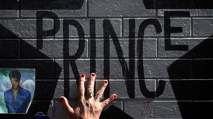 Investigation Into Prince's Death Reveals Pills Were Hidden Throughout Paisley Park http://www.npr.org/sections/therecord/2017/04/17/524398523/investigation-into-prince-s-death-reveals-pills-were-hidden-throughout-paisley-p?utm_campaign=crowdfire&utm_content=crowdfire&utm_medium=social&utm_source=pinterest