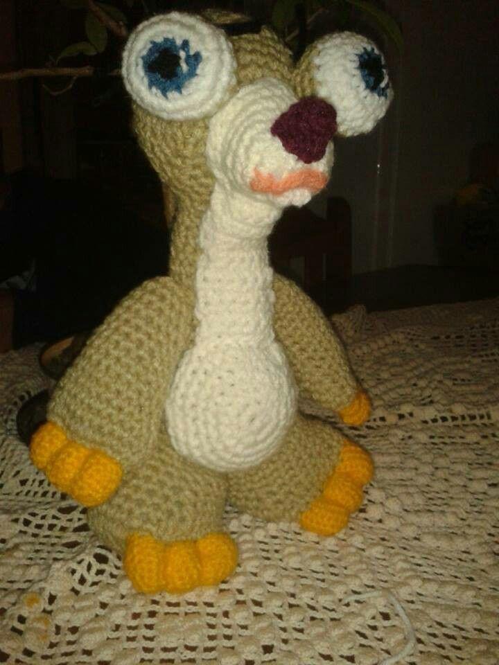 mi versión en crochet....sid el perezoso !!!!