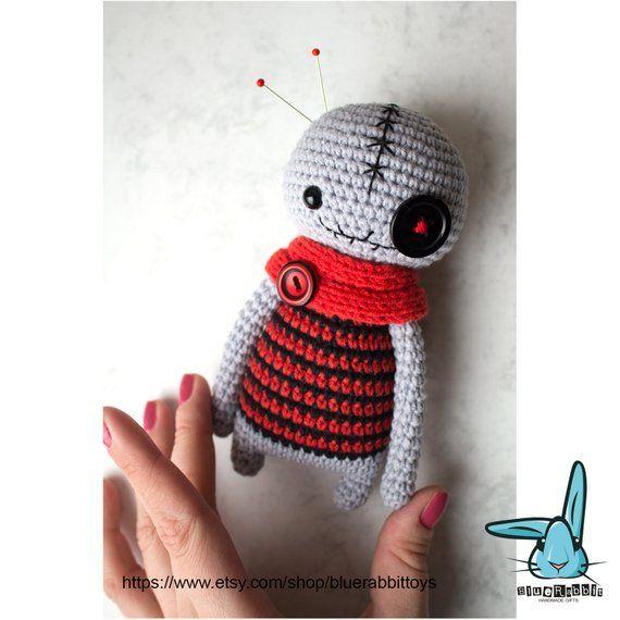 Owie the Voodoo Doll – Free Amigurumi Pattern   570x570