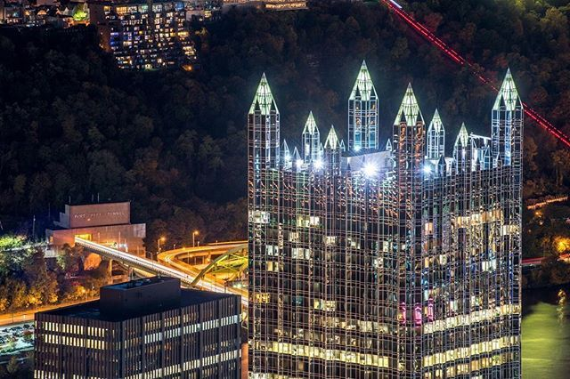 Sometimes PPG Place truly looks like the crown jewel of #Pittsburgh, like this rooftop view just after sunset
