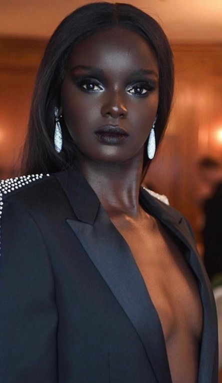 beautiful woman Most black