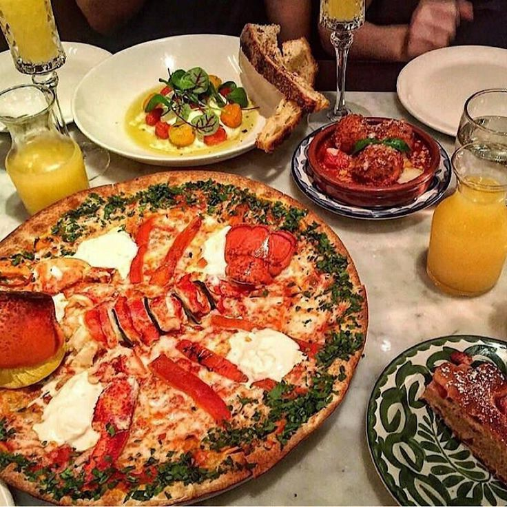 Lobster pizza with a side of meatballs and fresh burrata with heirloom tomatoes drenched in olive oil. [800x800] [OC]