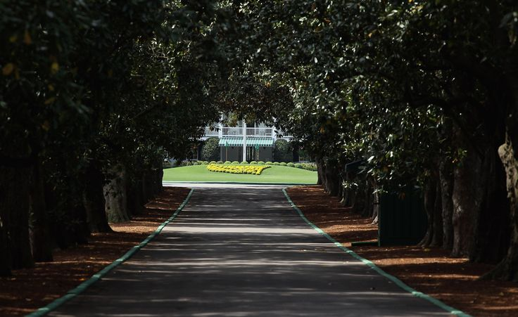 Take a look, in photos and text, at some of the Augusta National Golf Club landmarks - famous points of interest around the course.