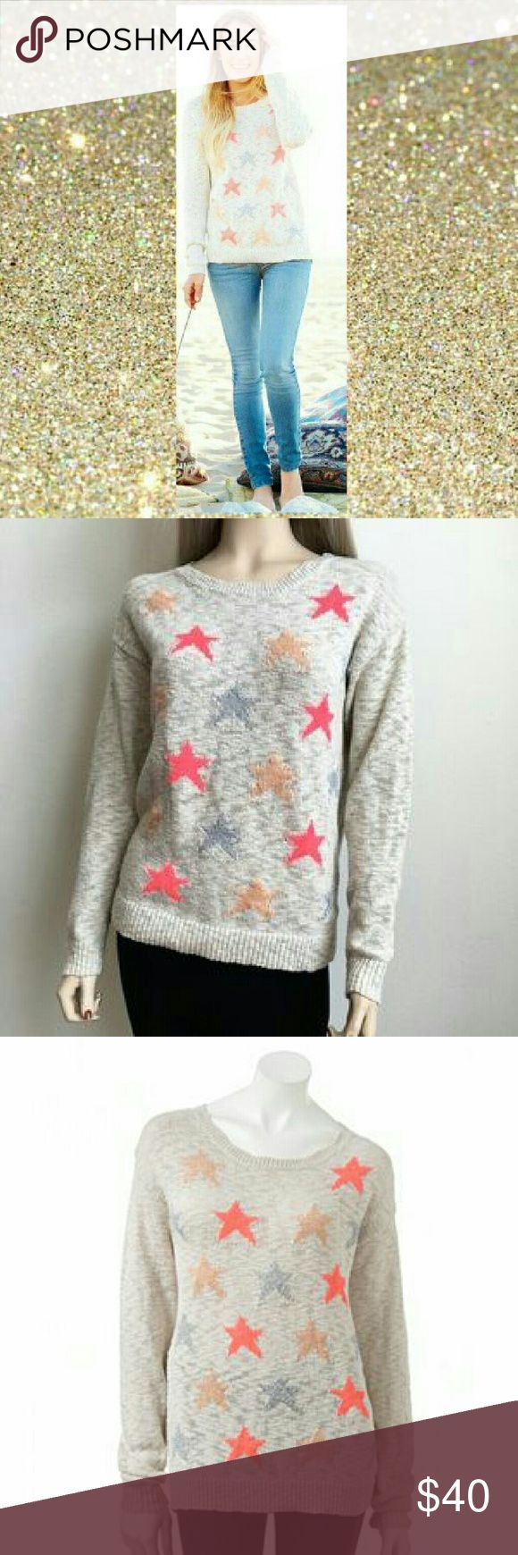 LC Lauren Conrad Sparkle Star Sweater Gorgeous sweater in great condition, sadly it's too big on me. Relax comfy fit. LC Lauren Conrad Sweaters Crew & Scoop Necks