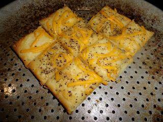 GlutenAway: Gluten Free Garlic Bread