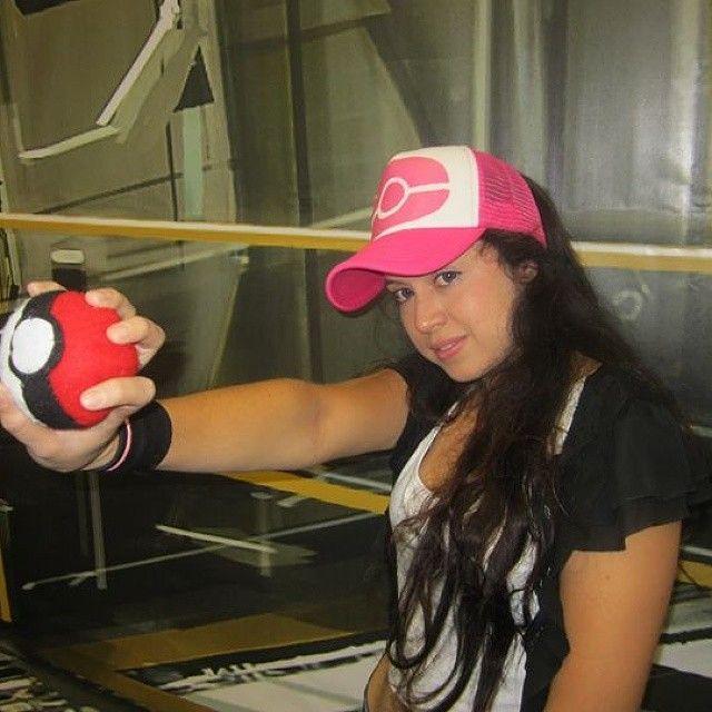 NOMBRE-- #concomics artistas 2015 guadalajara mexico  COMENTARIO-- #mirenuncosplayde de mel.de pokemon  y #lomiolomioeselcosplay cuando se celebran los #20añosdepokemon con este cosplay de mel  y por eso.... #elfuturodepokemoneshoy  #elfuturodenintendoeshoy  #elfuturodelcosplayeshoy  y el #proyectomelcongorrasevebonita  y su lista hashtag relacionado a mel con.... #mel #melpokemon #cosplaymel #lomejordemel #queseriadelmundosinlabellezademel #hoyvistelabellezademel…