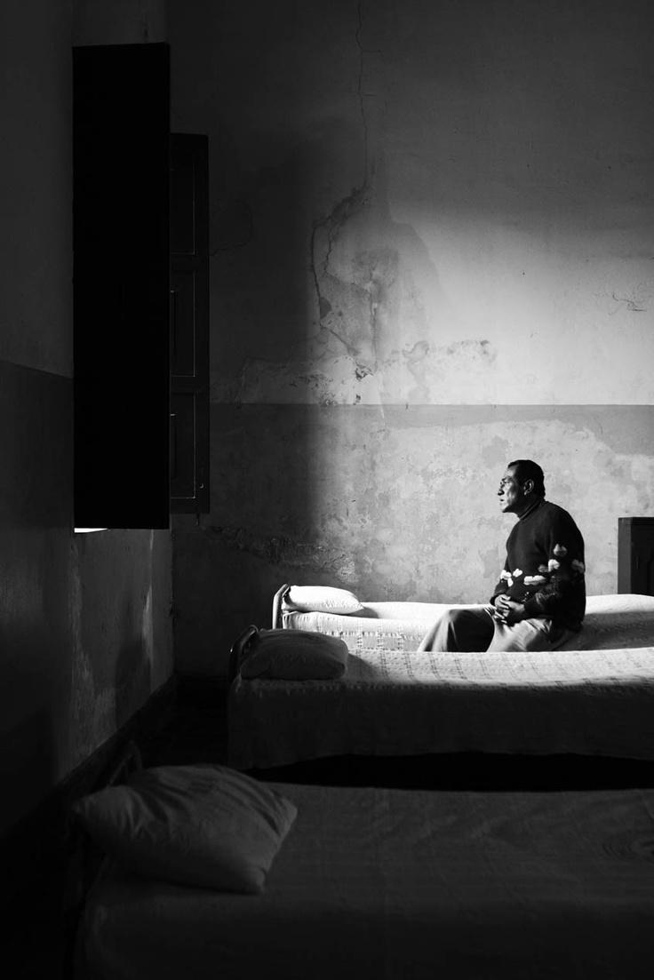 Linko un breve pezzo sull'esperienza in Perù dove abbiamo anche consultato molte foto di Martin Chambi. http://www.mbphoto.it/martin-chambi/