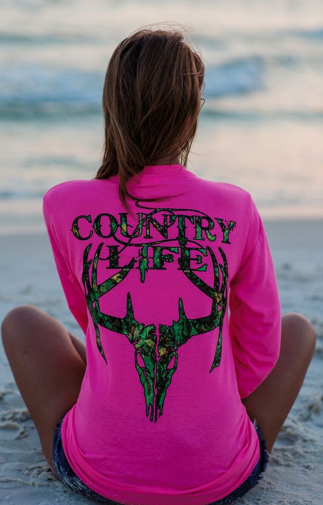 Country Life Outfitters Pink Camo Realtree Deer Skull Head Hunt Vintage Long Sleeve Bright T Shirt