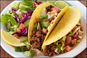 EXCLUSIVE #RECIPE from The Hungry Girl Diet: Crunchy Beef #Tacos! MUST PIN & TRY!!! #HGDiet