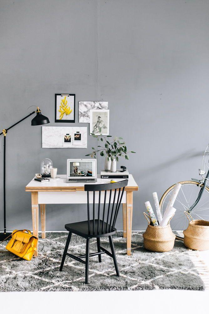 Schreibtisch mit Stil Ein Arbeitstag in grau und gelb