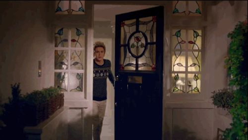 "When Niall made you a delicious cup of hot chocolate by the fire: | 16 Times One Direction's ""Night Changes"" Video Was The Best Thing To Ever Happen To You"