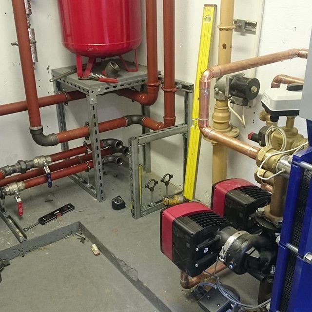 #Commercial #Heating #installation progressing well @ Holland Park #London