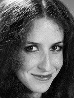 Laraine Newman is an American comedienne, actress, voice artist, and writer, and was part of the original SNL cast.