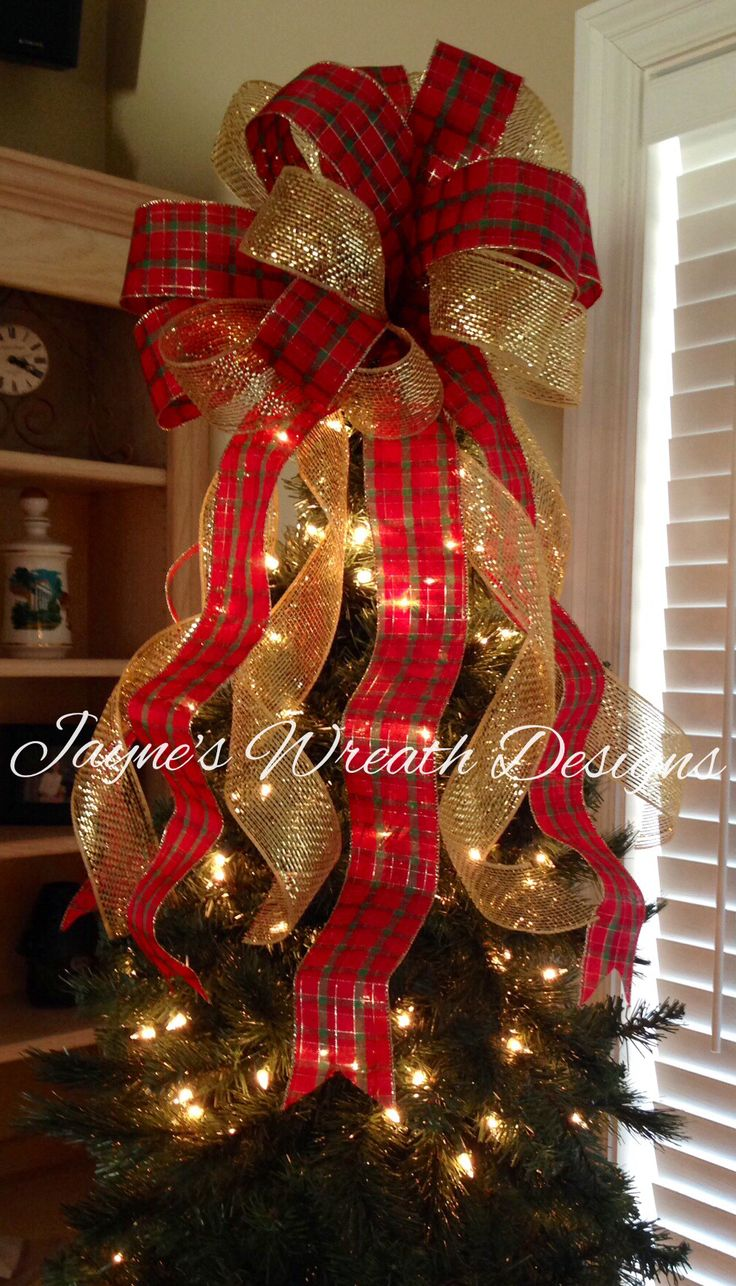 Red and gold christmas tree decorations - Plaid And Gold Christmas Tree Bow