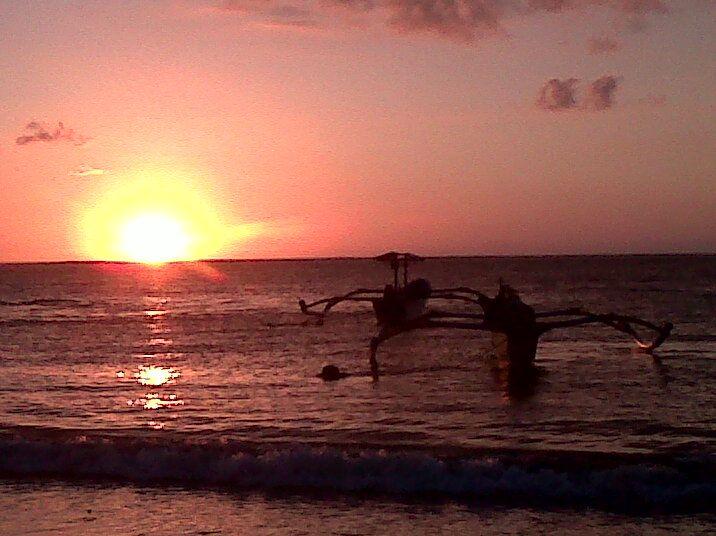 Sunset di tanah anarki cc @sudjiwotedjo