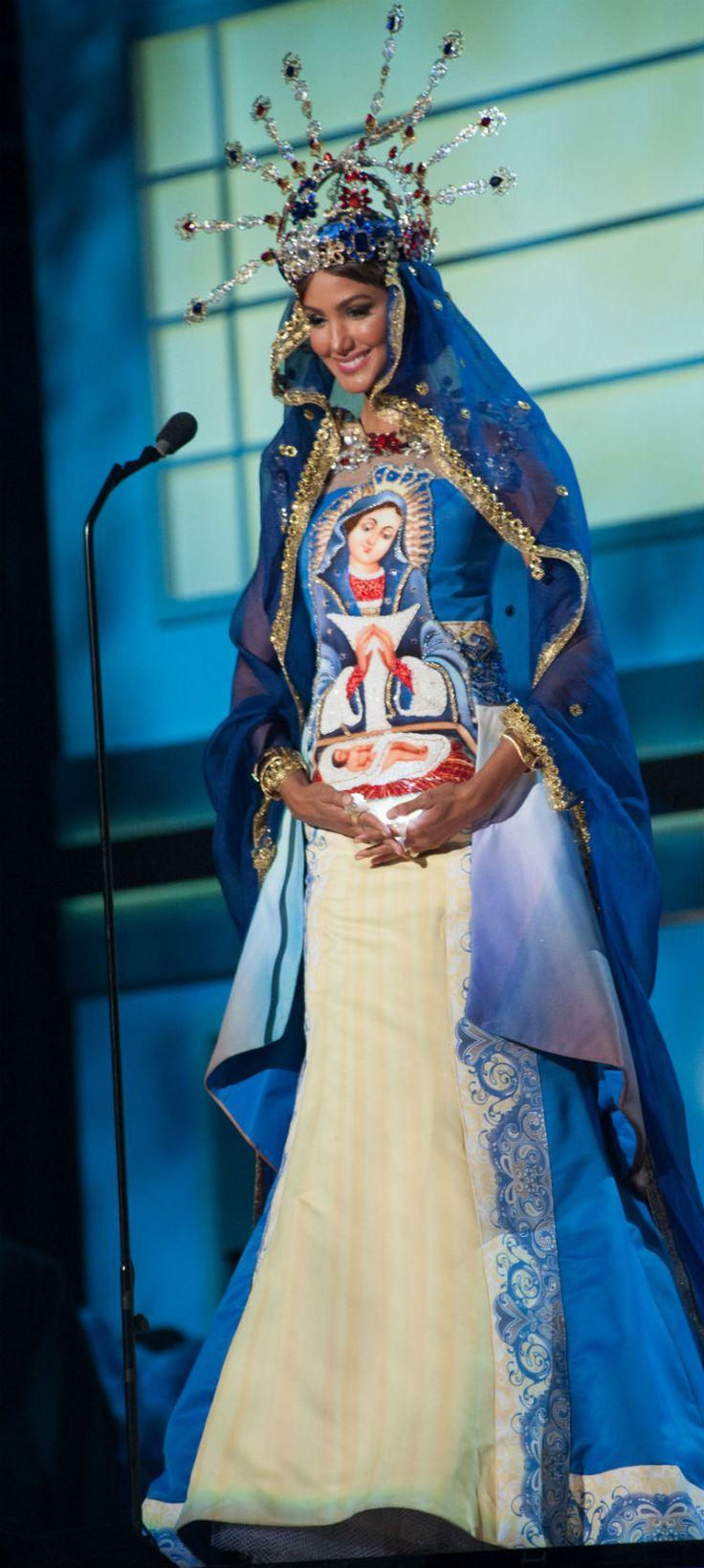 miss-dominican-republic-kimberly-castillo-costume-miss-universe-2015.jpg