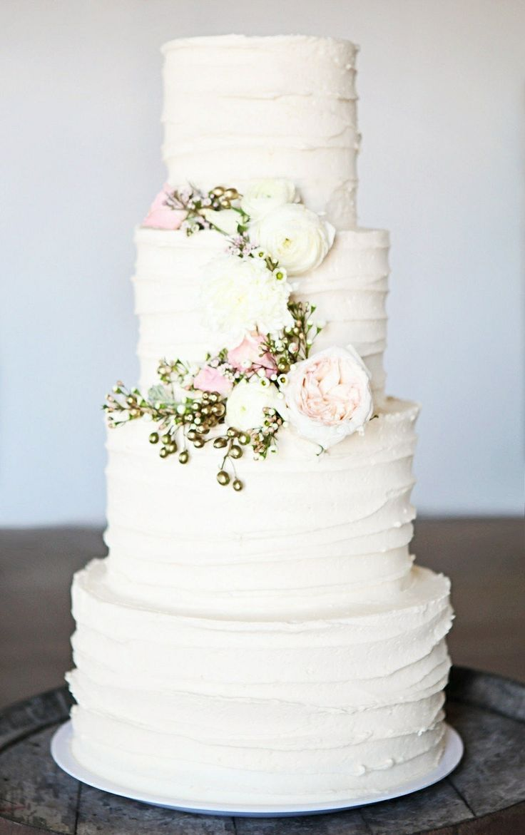 wedding cakes los angeles prices%0A Georgeous White Buttercream Wedding cake